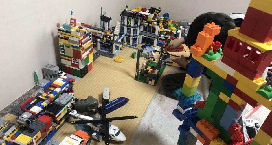 臨時休校中のレゴ遊び